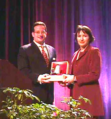 http://xml.coverpages.org/images/Clark-IdeallianceAward2001.jpg